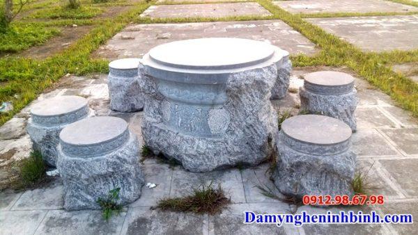 Bàn ghế đá NB 01