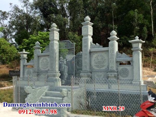 Cổng khu lăng mộ đá xanh rêu 29