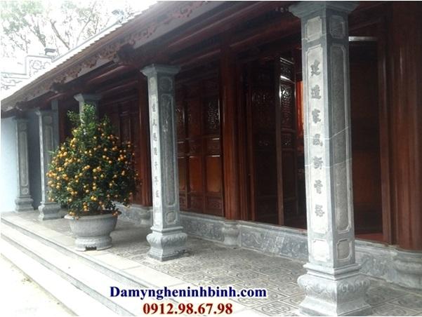 Cột đá đền chùa