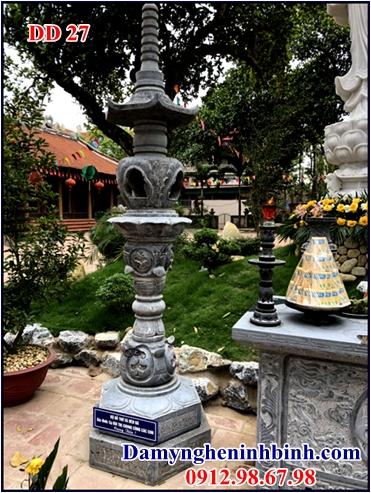 Đèn đá nhà thờ họ 27