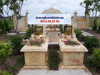 Khu lăng mộ đá vàng