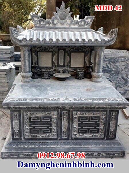 Mẫu mộ đôi đá