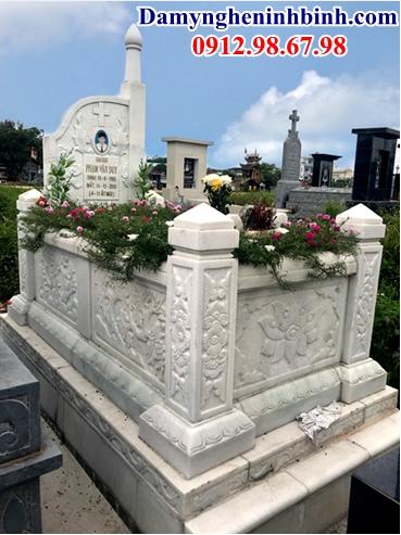 Mộ đá trắng công giáo đẹp