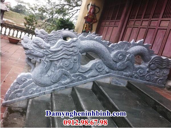 Rồng bậc thềm đình đền làng 37