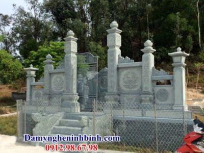 cổng khu lăng mộ đá