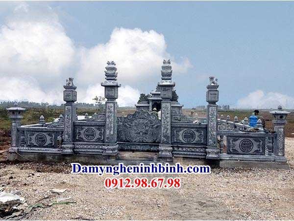 cổng khu lăng mộ