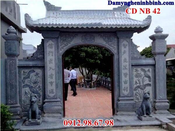 cổng làng bằng đá