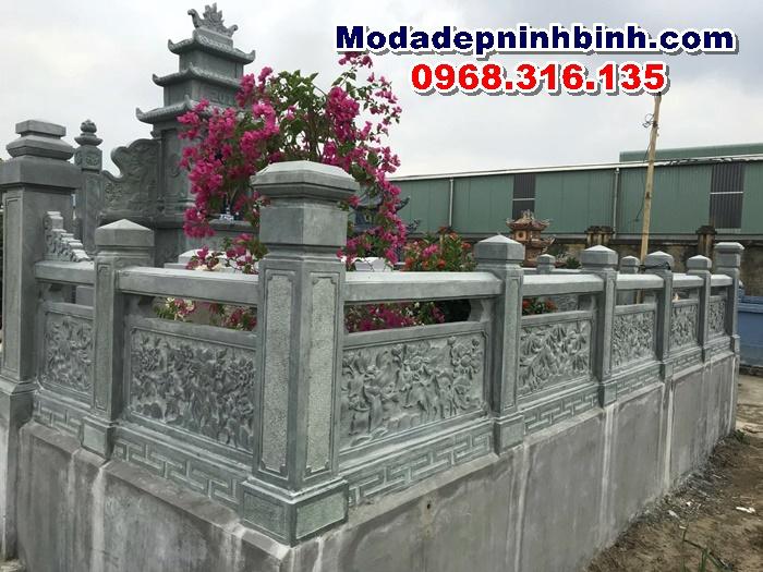 Khu mộ đá xanh rêu tại Phú Thọ