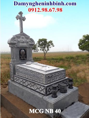 Mẫu mộ công giáo đá 40