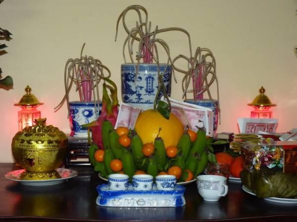 vị trí đặt bát hương trên bàn thờ